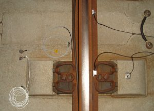 Measurement of structure-borne sound with 3D acceleration sensors at the rail track during pass-by of railway vehicles