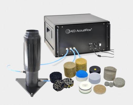 Strömungswiderstandsmessgerät AED 300 - AcoustiFlow® zur messtechnischen Bestimmung des Strömungswiderstands von offenporigen Materialien